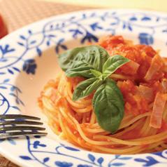 トマロッソ × シンプルトマトソースパスタ